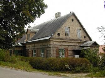 Varšuvos g. 8, Vilniaus m.