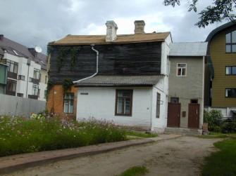 Karaimų g. 2, Vilniaus m.