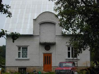 Dirvonų g. 11, Vilniaus m.
