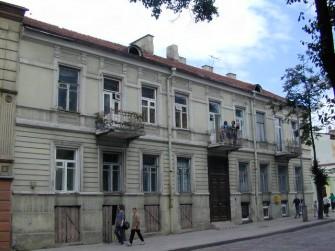 Bazilijonų g. 8, Vilniaus m.