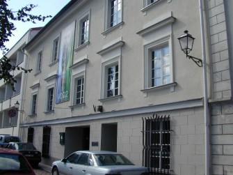 Ašmenos g. 8, Vilniaus m.