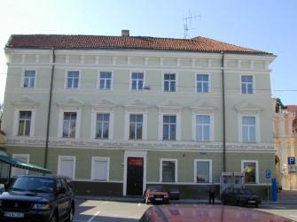 Aušros Vartų g. 4, Vilniaus m.