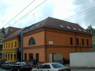 J. Basanavičiaus g. 8, Vilniaus m.