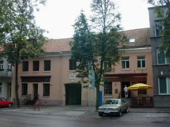 Barboros Radvilaitės g. 3, Vilniaus m.